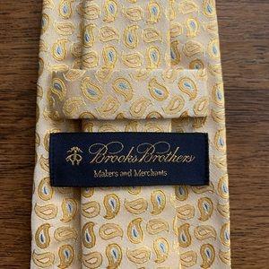 Brooks Brothers Jacquard Silk Paisley Tie